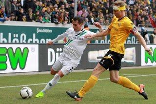 Hamburger vs Dynamo Dresden, 18h30 ngày 1/8