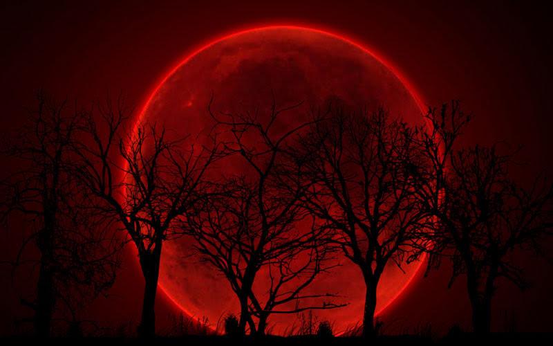 Mơ thấy trăng màu đỏ