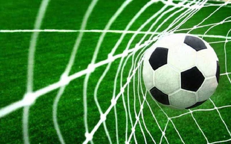 Mơ thấy đá bóng ghi bàn
